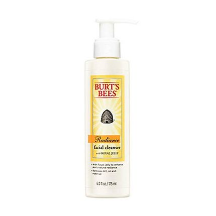 burts-bees-radiance-facial-cleanser-792850002173