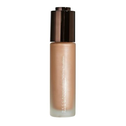 Aqua-Luminous-Perfecting-Foundation---Dark-Golden